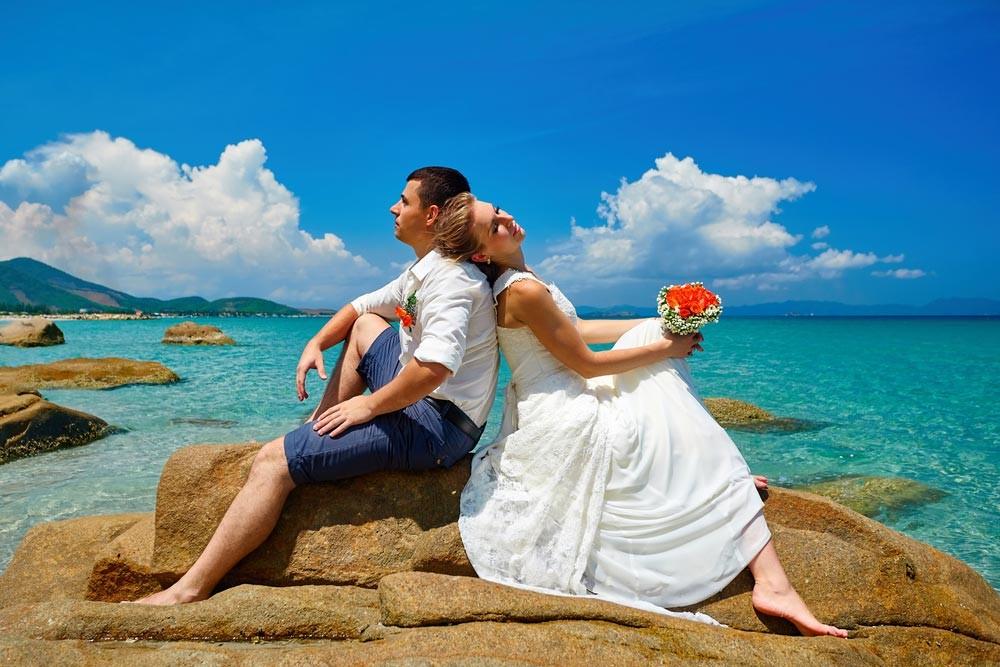 Economic exotic destinations for honeymoon